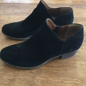 Lucky Brand Black Suede Booties